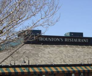Houston's-New-Orleans